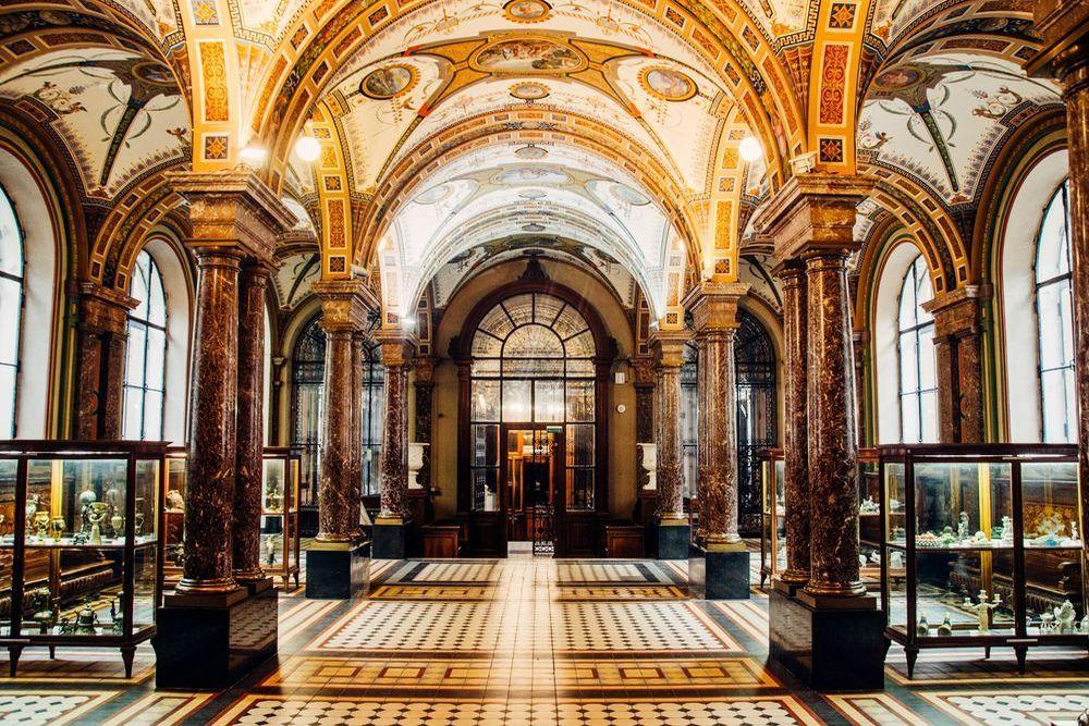 Учебный музей прикладного искусства Академии Штиглица вновь открывает свои двери
