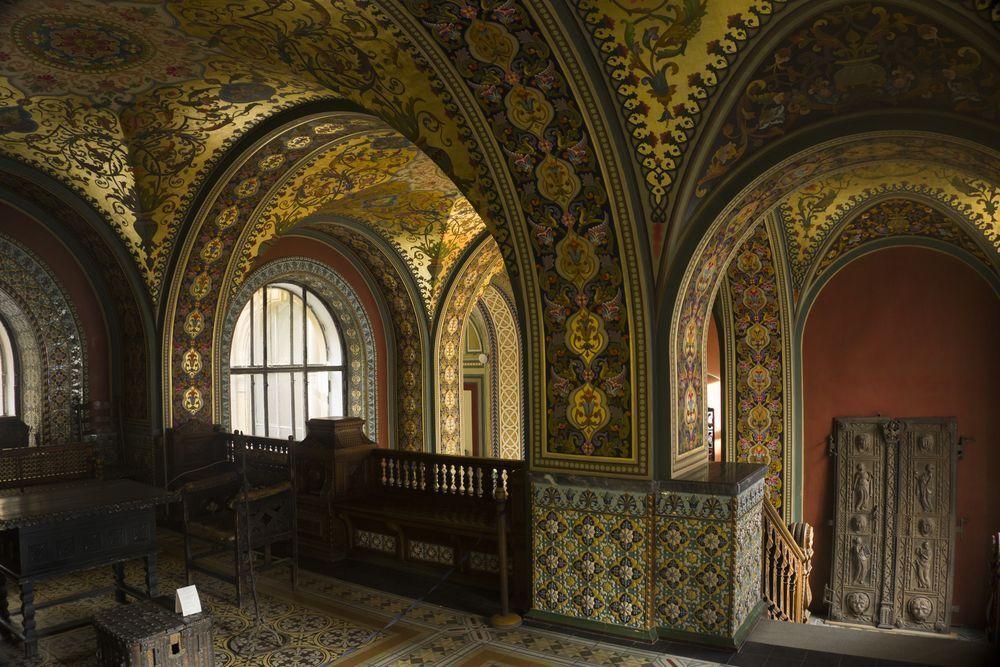 Обзорные экскурсии учебного музея прикладного искусства Академии Штиглица проходят по обновленному маршруту