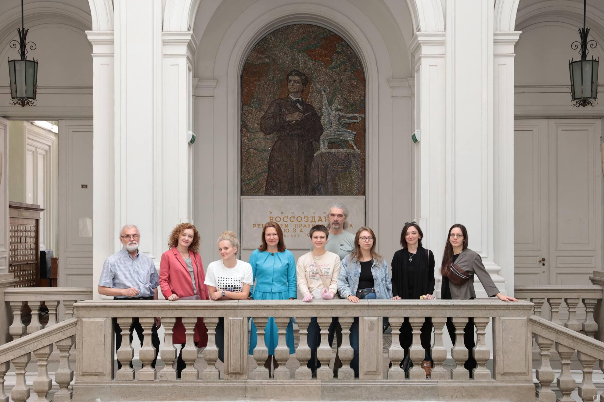 В Академии Штиглица проходит вручение дипломов