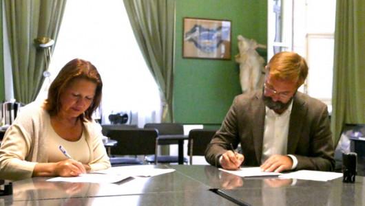 Подписано соглашение о взаимодействии Академии Штиглица и фабрики «Ленигрушка»