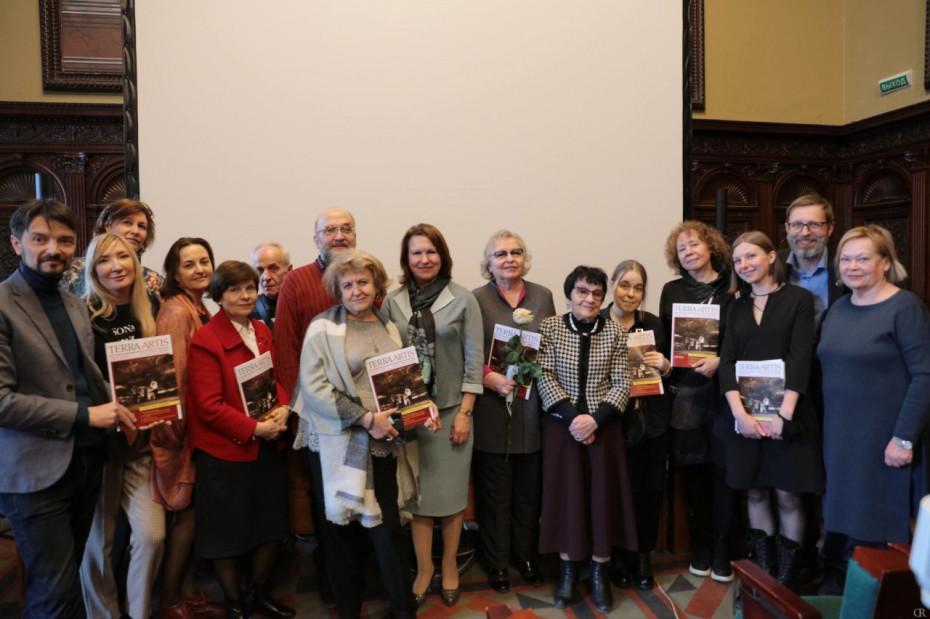 Академия Штиглица начала выпуск периодического научного журнала «Terra Artis. Искусство и дизайн»