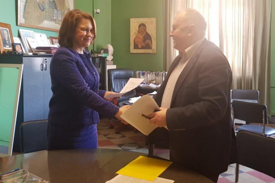 Подписан договор о сотрудничестве Академии Штиглица с Международным общественным фондом культуры и образования