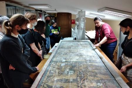 Экскурсия в Лабораторию научной реставрации Государственного Эрмитажа
